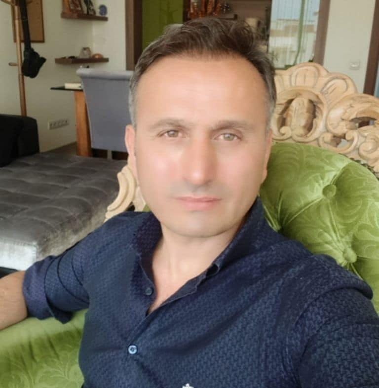 Psikolog Ahmet Anadol