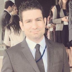 Psikolog Fahrettin Özçelebi