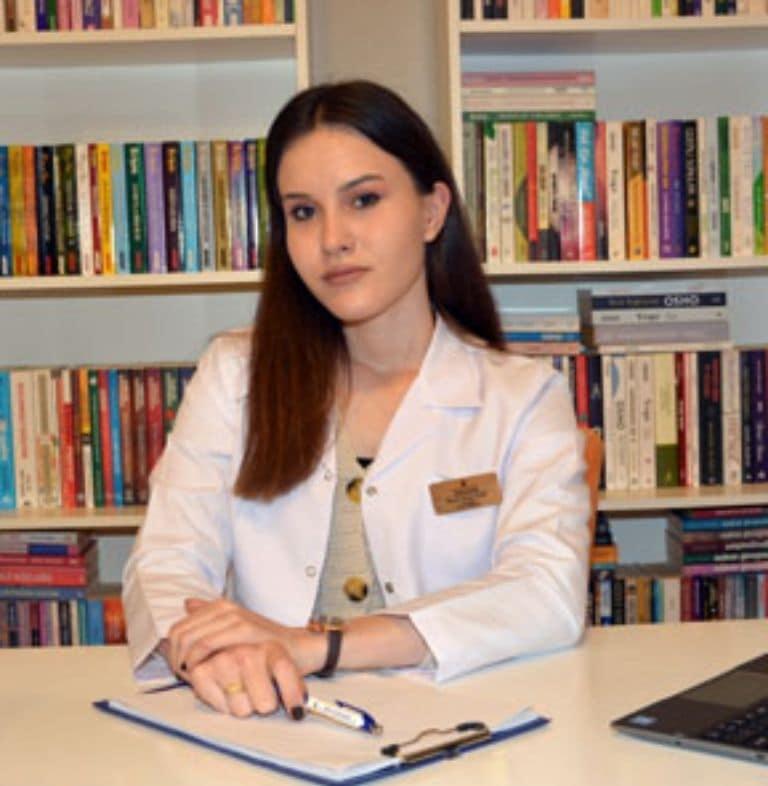 Psikolog Beyza Sena Sarı