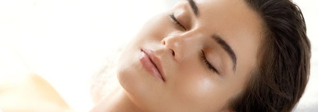 cıplak uyumak cildinizi iyilestirir